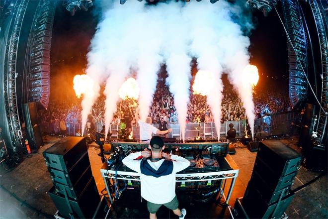 紐西蘭抗疫成功,兩萬人於跨年假期樂享音樂祭