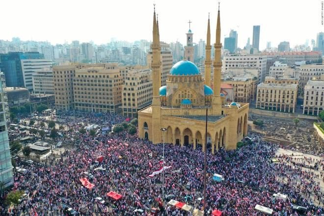 Lebanese protests turn into a massive party