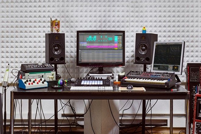 Break the language barrier with Ableton Live in 7 languages across Asia