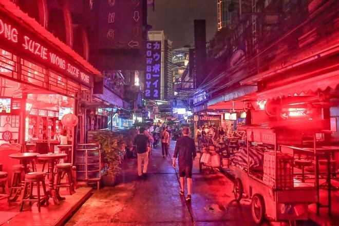 Amid a third wave, clubs & bars in Bangkok shutter again