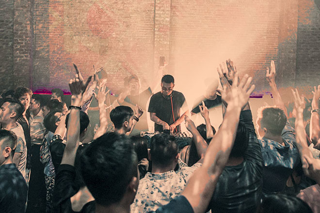 Resident Revival returns to 1900 Le Théâtre in Hanoi with label boss & DJ Dustee