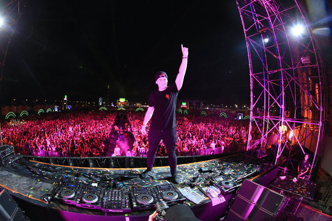 ​Hardwell stopped his set in Myanmar to break up a fight