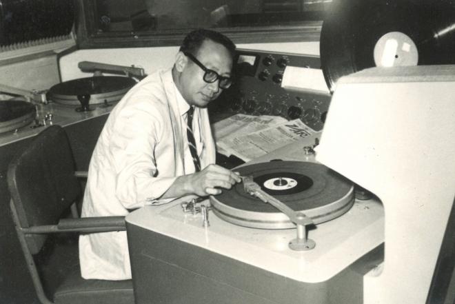 World's longest working DJ retires at 96