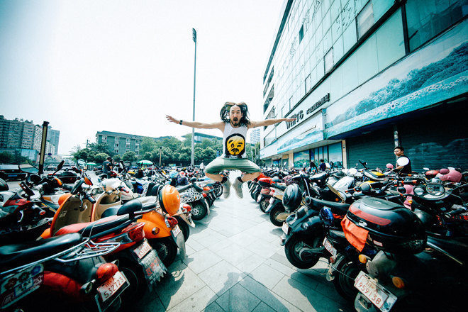48 hours in Asia with Steve Aoki