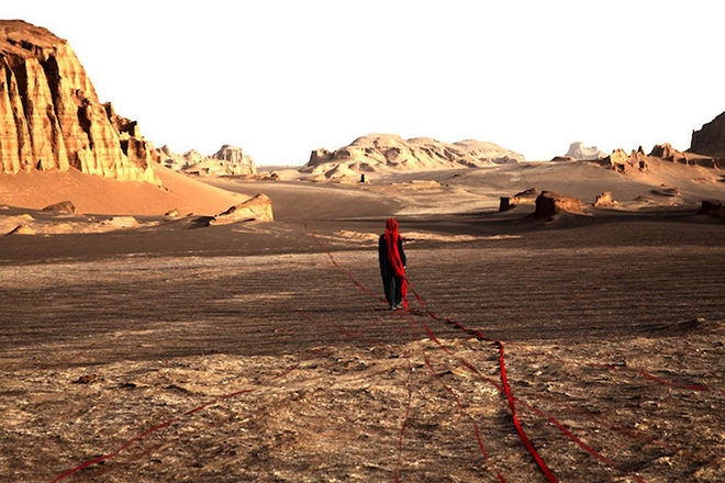Mentrix explores her rich Iranian heritage & the Kavir-e-Lut desert in 'Nature'