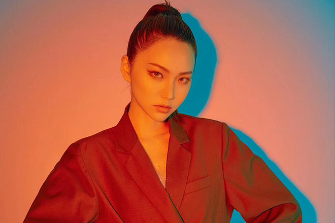 Billboard presents Electric Asia 4 announces its first China-only single with LIZZY